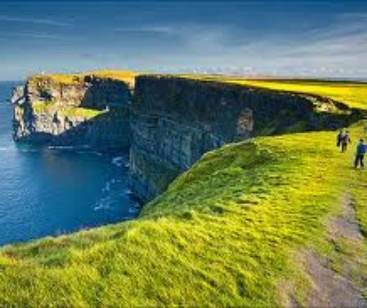 Viaggio tra castelli e siti archeologici d'Irlanda