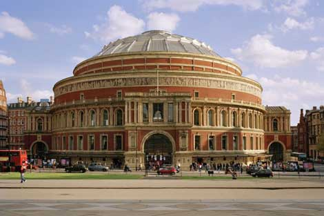 Kensington il quartiere chic di londra for Door 12 royal albert hall