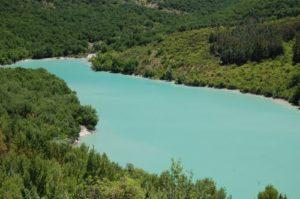 Lago Ponte Fontanelle Basilicata 300x199 CALVELLO E LA SPLENDIDA NATURA DELLA LUCANIA