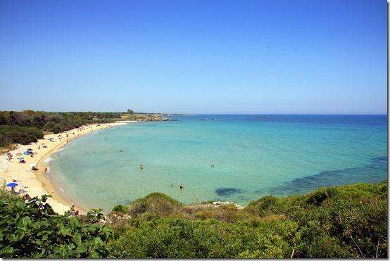 Spiaggia Pineta del Gelsomineto, mare cristallino e relax