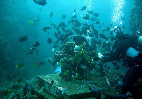 Intorno a Manila, tesori sommersi e natura incontaminata