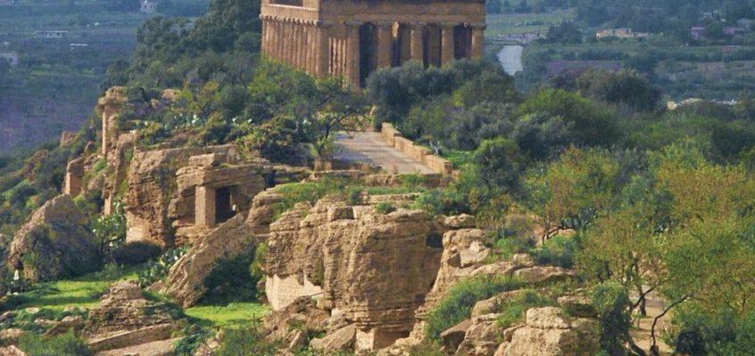 Agrigento, tra splendide architetture e panorami mozzafiato