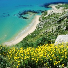 Da Torre Salsa a Eraclea Minoa, spiagge dorate sotto le falesie