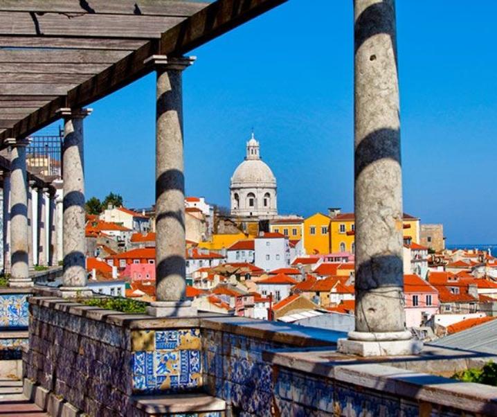 Weekend a Lisbona: voli low cost e hotel con vista