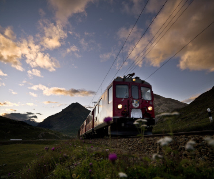 Da Tirano a St. Moritz sul treno più spettacolare d'Europa
