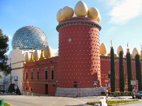 In Catalogna, al museo di Salvador Dalí