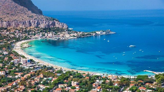 Sicilia, viaggio tra bellezza e gusto