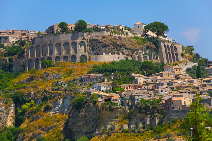 Borgo di Gerace, uno scrigno di tesori e panorami mozzafiato