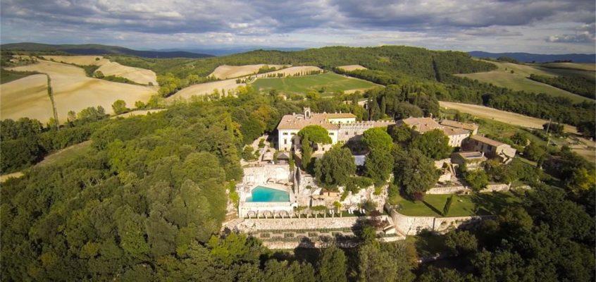 Vacanze di Pasqua 2018: weekend a Borgo Pignano in Toscana