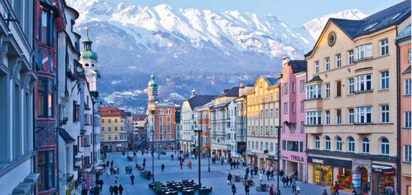Innsbruck, cultura, sport e natura nel cuore delle Alpi